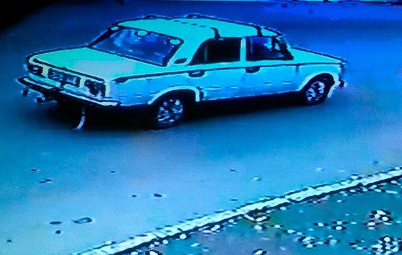 Силовики розшукують чоловіка, який збив 18-річну буковинку (ФОТО), фото-2