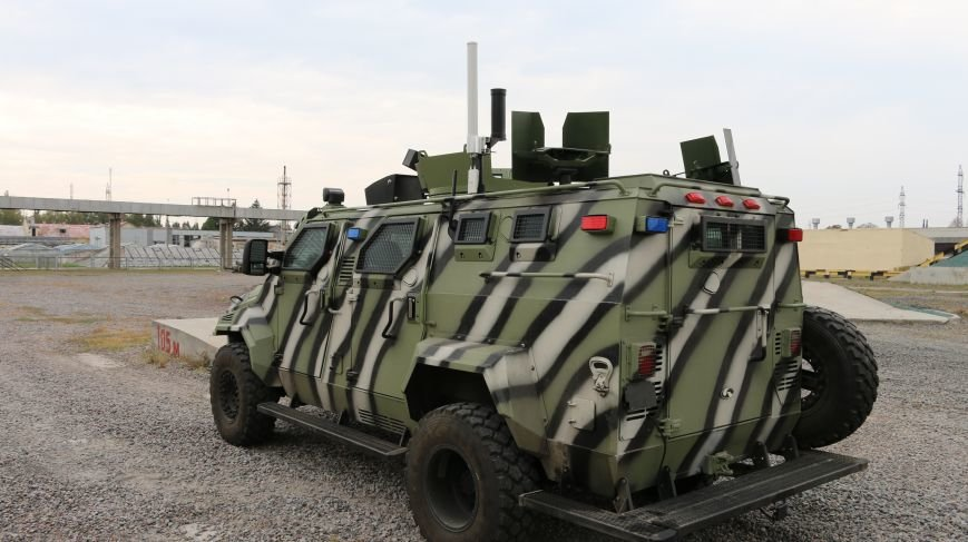 На КрАЗе создан беспилотный броневик, управляемый при помощи планшета (ФОТО), фото-2
