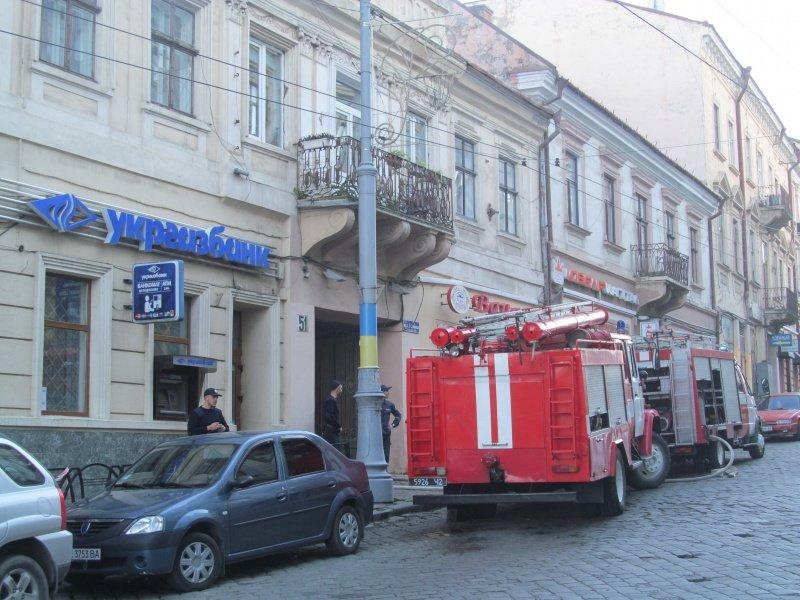 У обласному центрі виникла пожежа – перекрили рух транспорту (ФОТО), фото-1