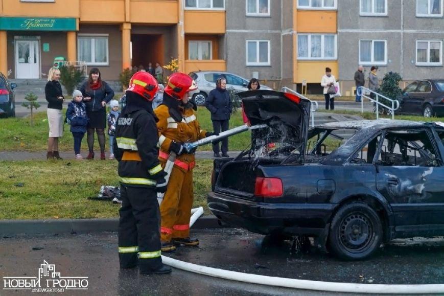 В Гродно во время движения загорелась Ауди A6, фото-3