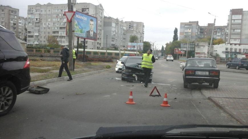 "ДТП в Кропивницком: ""Mitsubishi"" VS элитный Mercedes-Benz (ФОТО), фото-3"