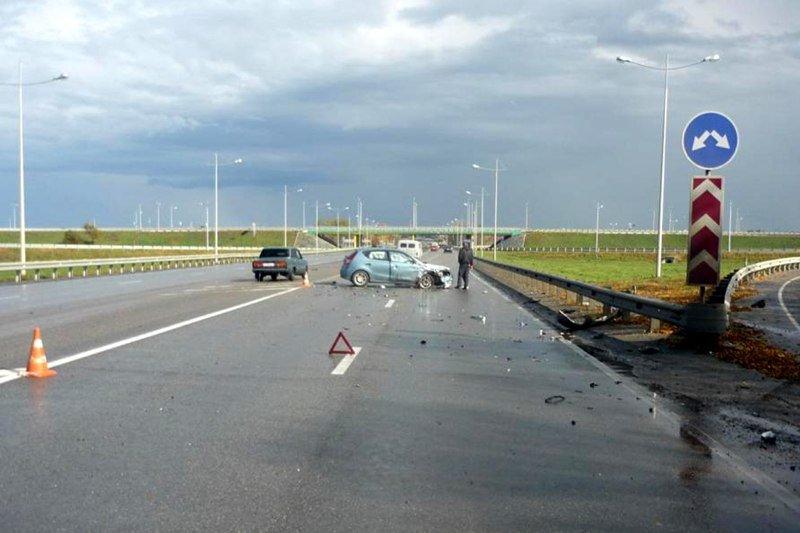 ВБелгородской области при столкновении легковых машин ифуры погибли два водителя