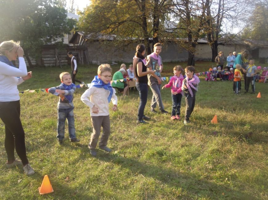«Мама, папа, я – спортивная семья»: в Покровске (Красноармейске) прошло увлекательное мероприятие, фото-2