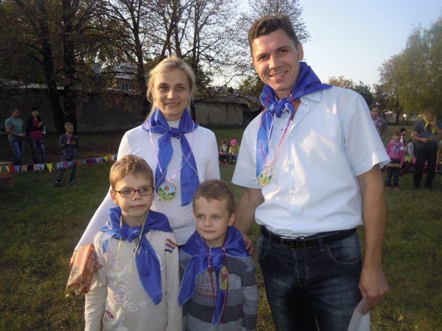 «Мама, папа, я – спортивная семья»: в Покровске (Красноармейске) прошло увлекательное мероприятие, фото-6