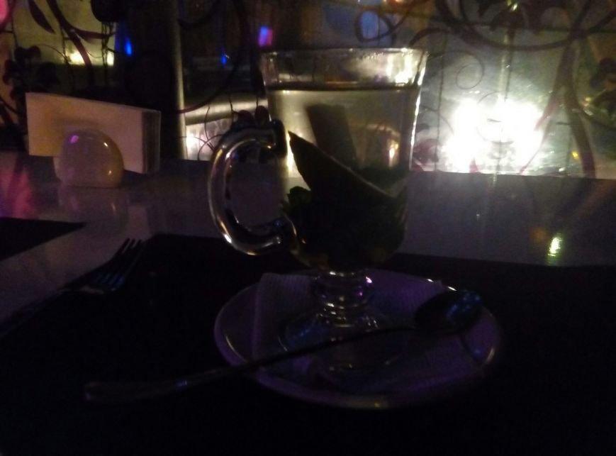"""Поесть на 100 грн: """"Creme"""" - экзотические чаи, пережаренный шницель и звездный диско-потолок (ФОТО), фото-8"""