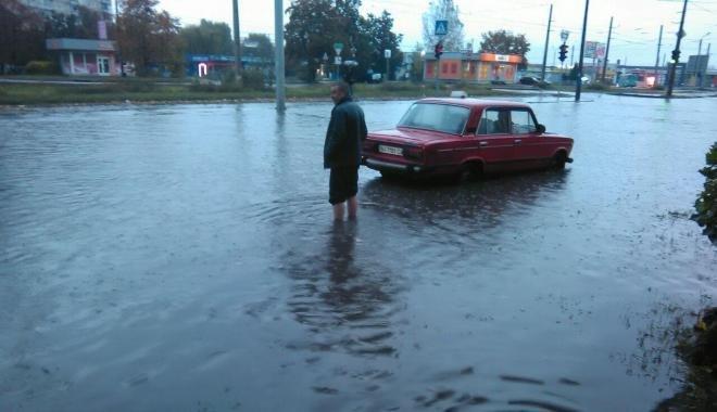 В Харькове из-за непогоды затопило Салтовку (ФОТО), фото-2