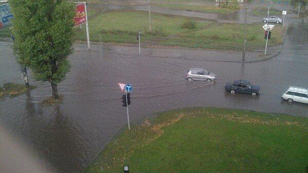 В Харькове из-за непогоды затопило Салтовку (ФОТО), фото-1