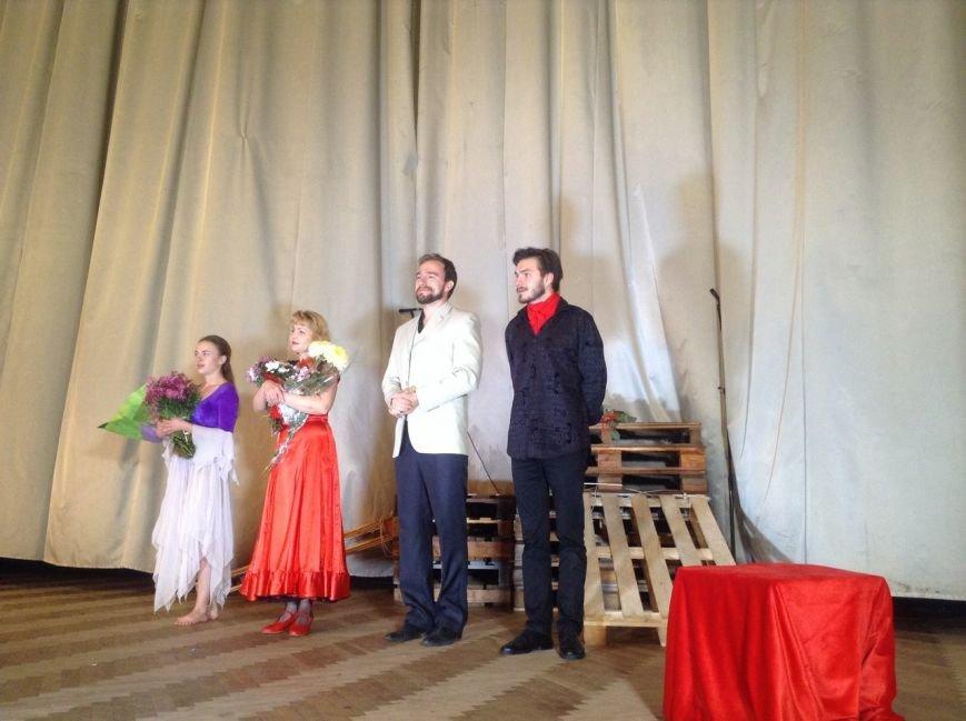 На Сихові з'явився перший театр: фоторепортаж, фото-13