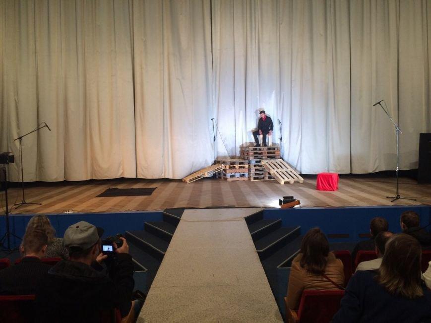 На Сихові з'явився перший театр: фоторепортаж, фото-10