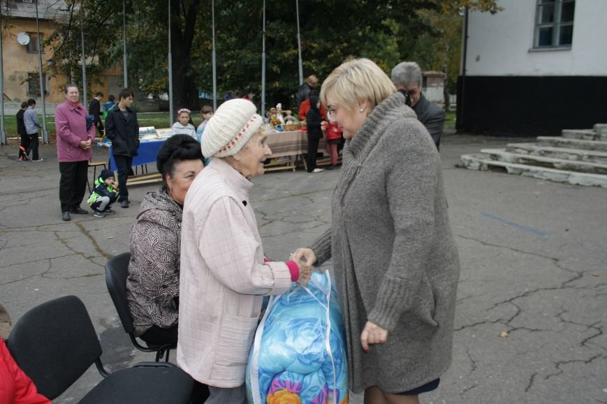 На микрорайоне «Цветмет» жители отметили свой праздник, фото-5