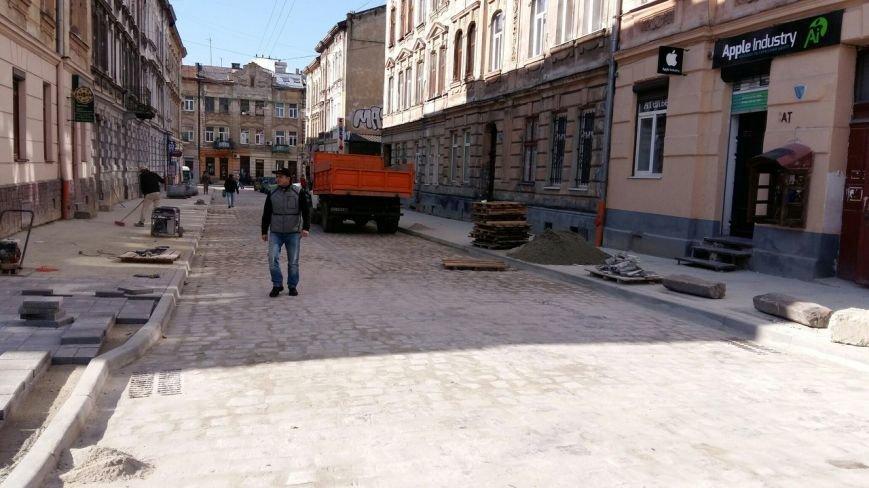 У Львові завершуються ремонтні роботи на вулиці Медовій (ФОТО), фото-5