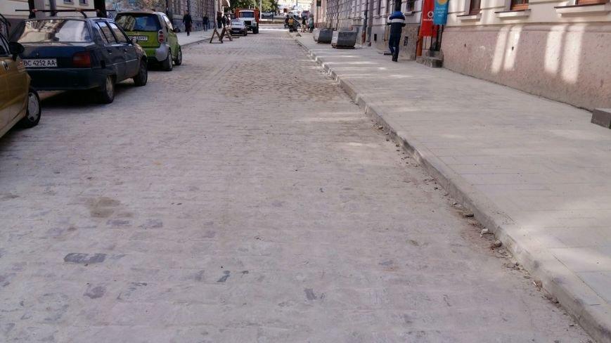 У Львові завершуються ремонтні роботи на вулиці Медовій (ФОТО), фото-6