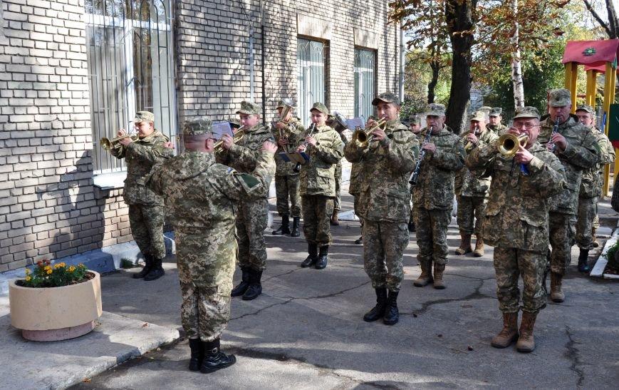 В Запорожье открыли мемориальную доску погибшим воинам 55-й артбригады, - ФОТО, фото-2
