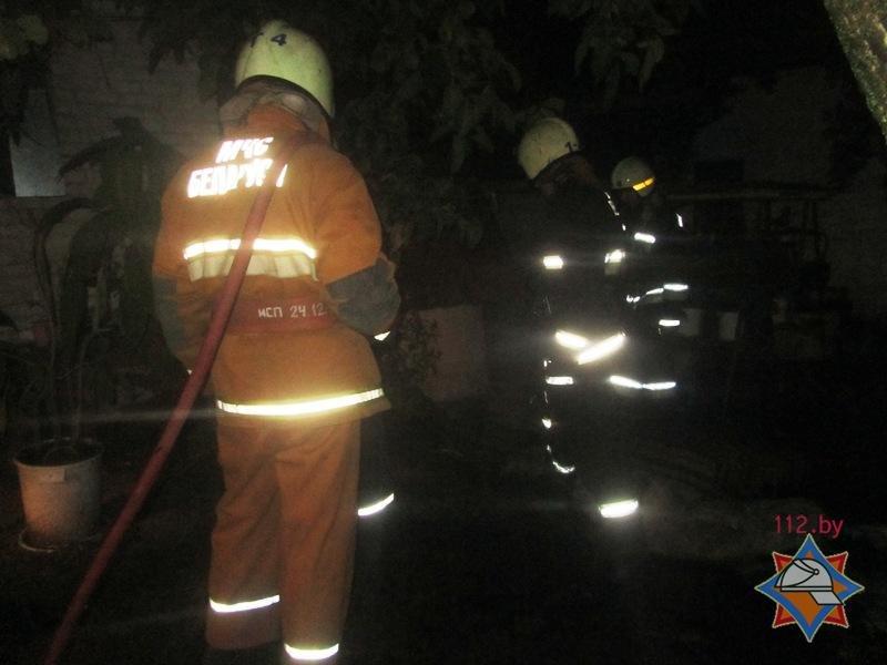 За выходные в Гродно произошло два пожара: вредные привычки привели к одной смерти и двум пострадавшим, фото-2