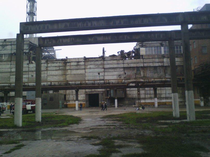 В Сумах в одном из цехов Химпрома обвалилась крыша (ФОТО), фото-1