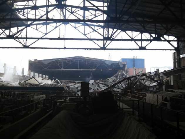 В Сумах в одном из цехов Химпрома обвалилась крыша (ФОТО), фото-4