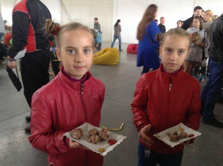 C фестиваля уличной еды в Мариуполе посетители ушли голодными (ФОТО+ВИДЕО), фото-3