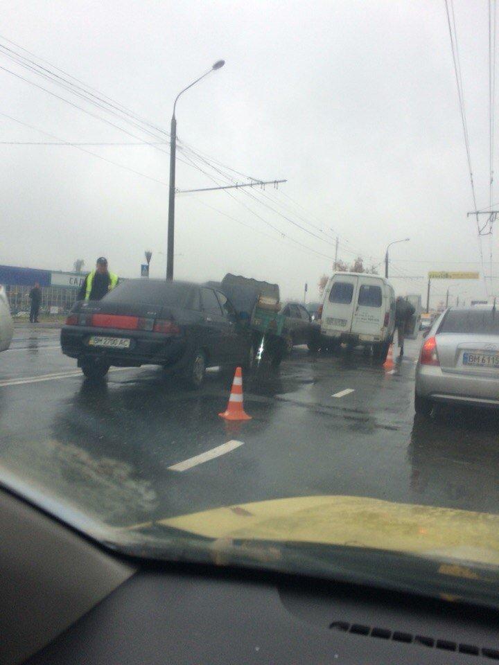 В Сумах ДТП: столкнулись 4 автомобиля (ФОТО), фото-2