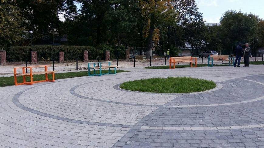Зруйнована площа поблизу львівського цирку набула оновленого вигляду: що змінилось (ФОТО), фото-1