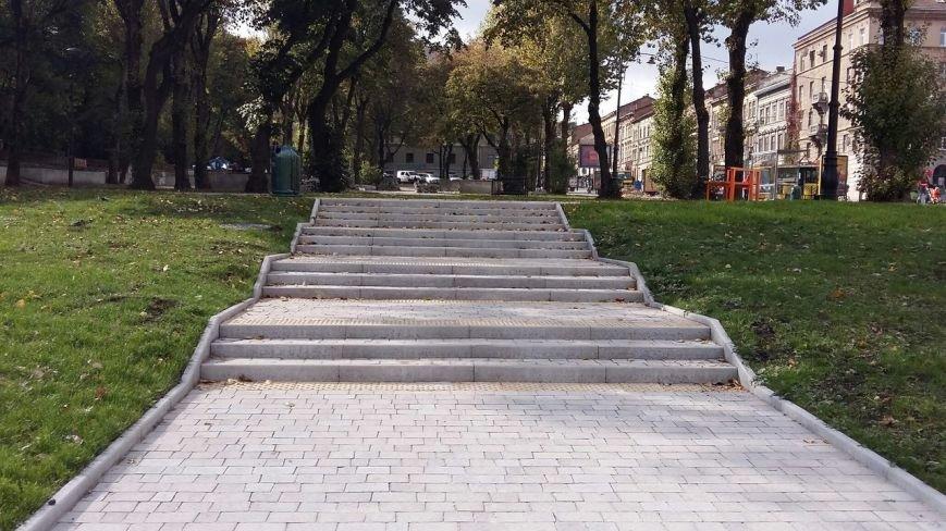 Зруйнована площа поблизу львівського цирку набула оновленого вигляду: що змінилось (ФОТО), фото-7