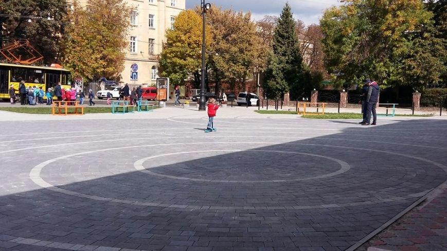 Зруйнована площа поблизу львівського цирку набула оновленого вигляду: що змінилось (ФОТО), фото-9