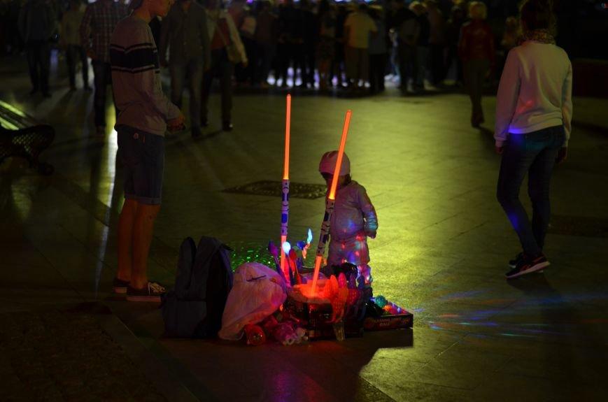 В Крыму хоть и завершился бархатный сезон, а туристов меньше не становится (ФОТОФАКТ), фото-1