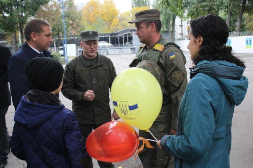 В Кременчуг из зоны АТО вернулись бойцы Национальной гвардии Украины (фото и видео), фото-6