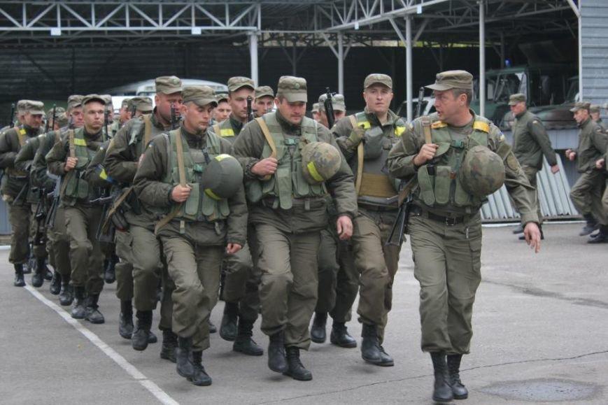 В Кременчуг из зоны АТО вернулись бойцы Национальной гвардии Украины (фото и видео), фото-4