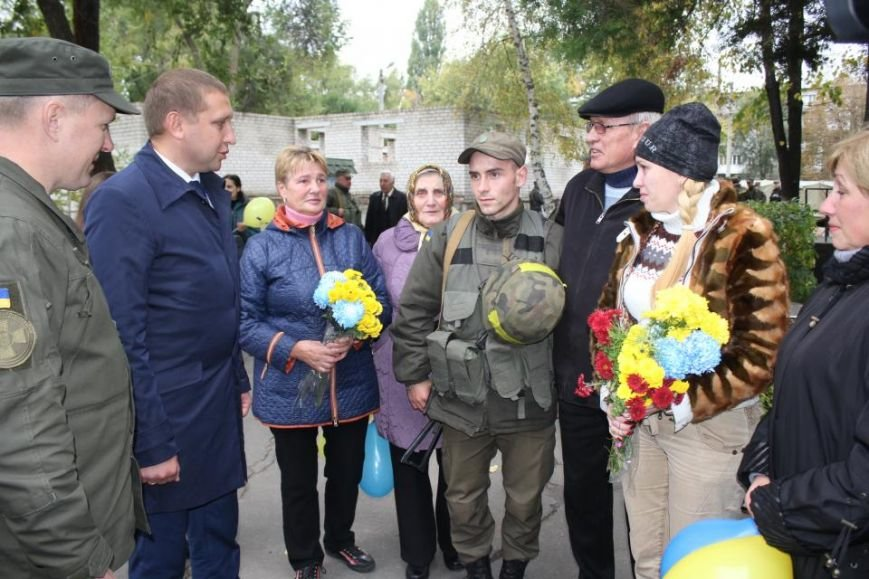 В Кременчуг из зоны АТО вернулись бойцы Национальной гвардии Украины (фото и видео), фото-5