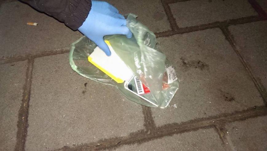 У Львові на вулиці Городоцькій затримали таксиста із наркотиками (ФОТО), фото-5