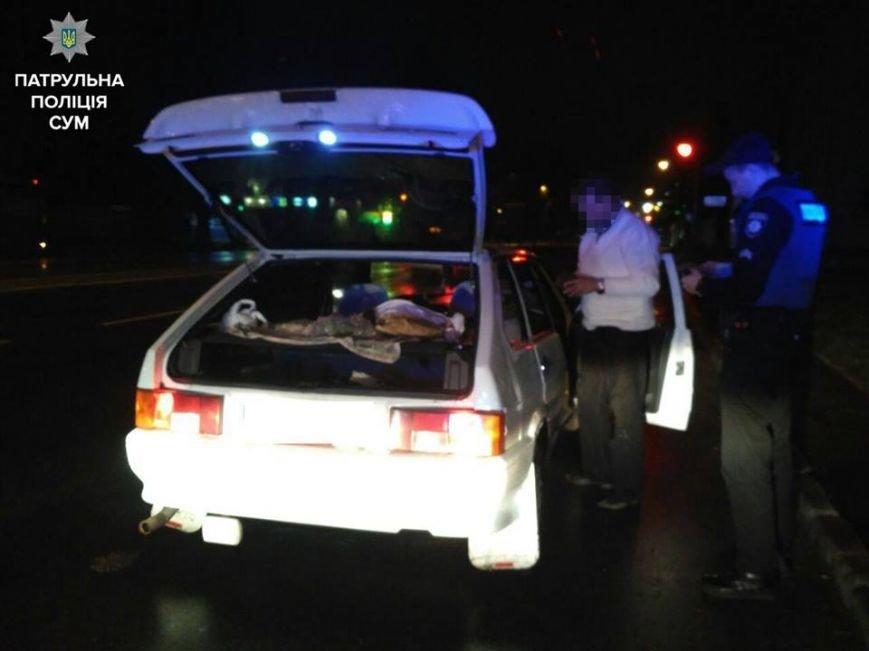 В Сумах пьяный водитель решил закусить среди дороги (ФОТО), фото-2