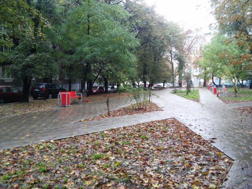 У Львові завершують облаштовувати сквер на вулиці Японській (ФОТО), фото-4