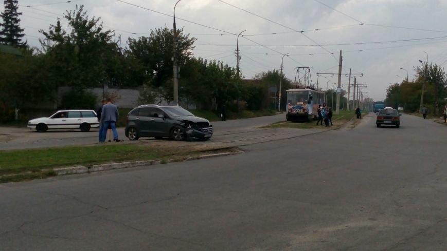 В Каменском на пересечении улиц Бульбенко и Криворожской произошло ДТП, фото-2