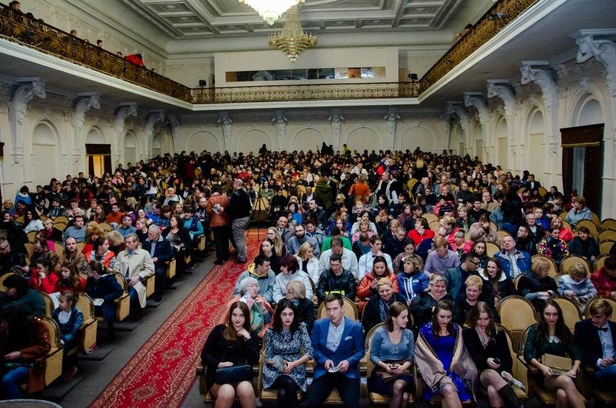 Почти 5 тыс зрителей собрал первый в Украине фестиваль патриотического театра «Миротворец», фото-1