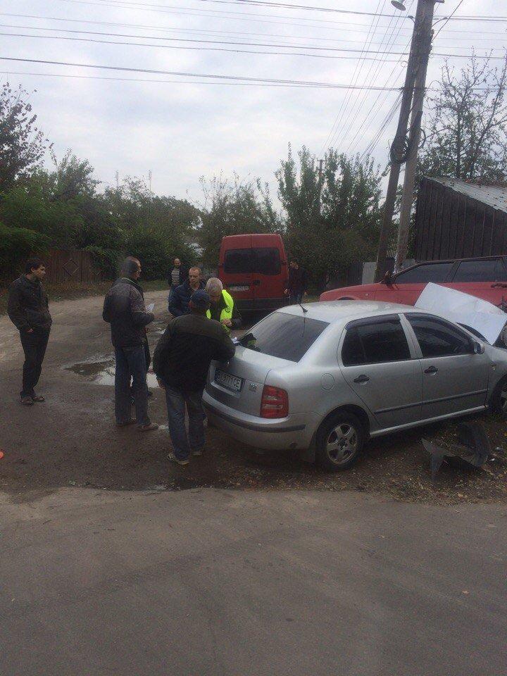 В Кременчуге на улице Чкалова столкнулись две легковушки (фото и видео), фото-2
