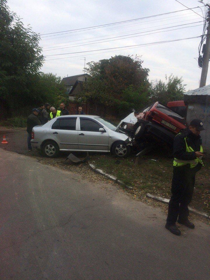 В Кременчуге на улице Чкалова столкнулись две легковушки (фото и видео), фото-3