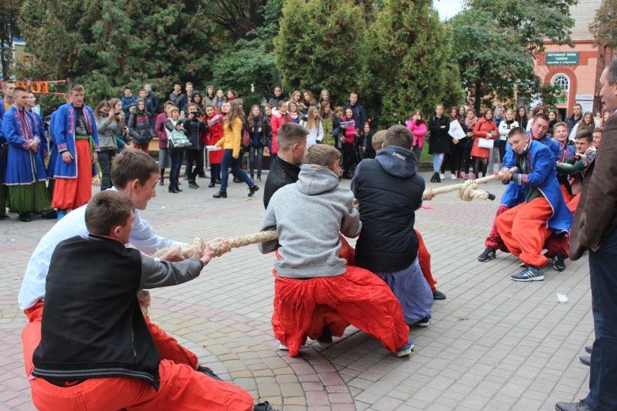 У Тернополі студенти влаштували смачний фестиваль (фото), фото-1