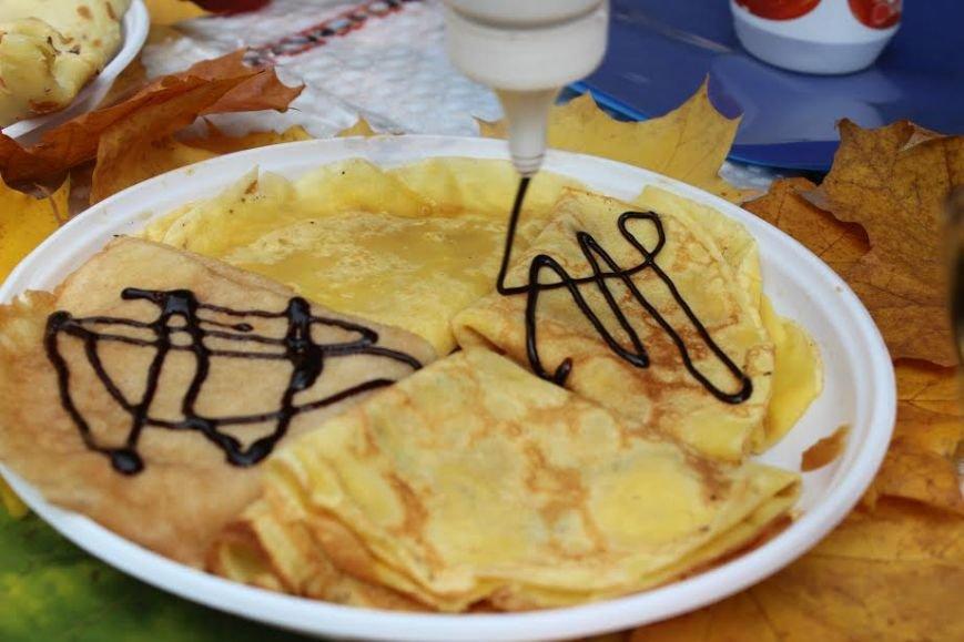 У Тернополі студенти влаштували смачний фестиваль (фото), фото-2