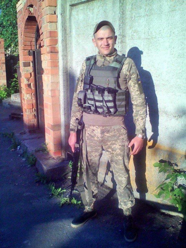 Стало известно имя второго военного, погибшего под Мариуполем, фото-2