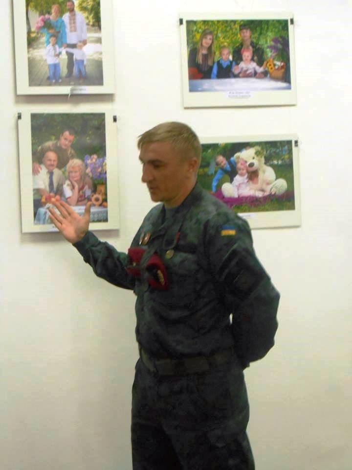 """В Херсоне открылась фотовыставка """"Фотографии для героев""""  (фото), фото-2"""