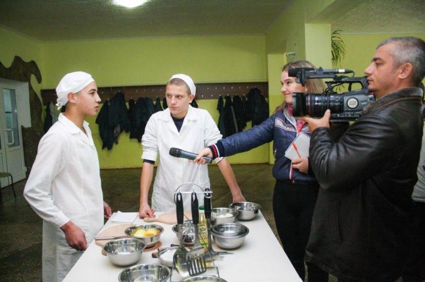 Ребята из Кременчугской воспитательной колонии выучились на поваров, фотографов и операторов ПК (ФОТО), фото-3