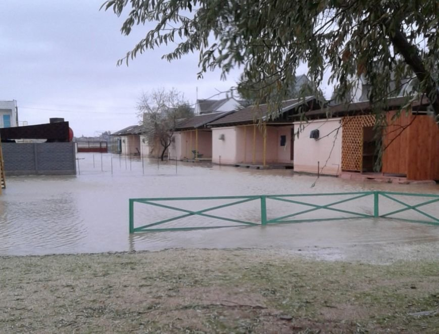Спасатели опубликовали фото затопленной Кирилловки: шторм утих, фото-2