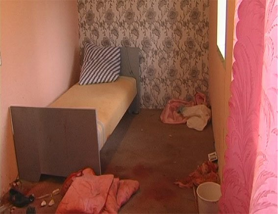 На Полтавщине сёстры-близняшки убили мужчину ножом и бутылкой (ФОТО), фото-3