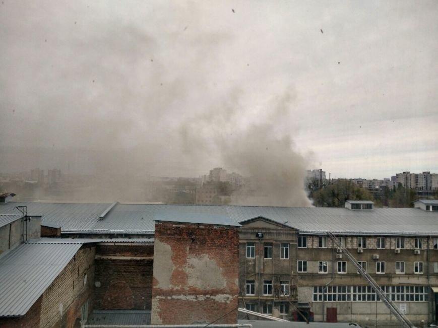 В Харькове горит подпольный швейный цех (ФОТО), фото-3