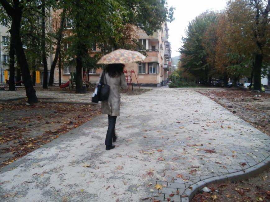 На реконструкцію площі Вишиваного витратять 633 тисячі гривень  (ФОТО), фото-5