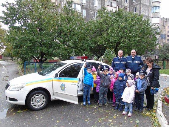 Херсонская полиция учит детей основам ПДД, фото-2