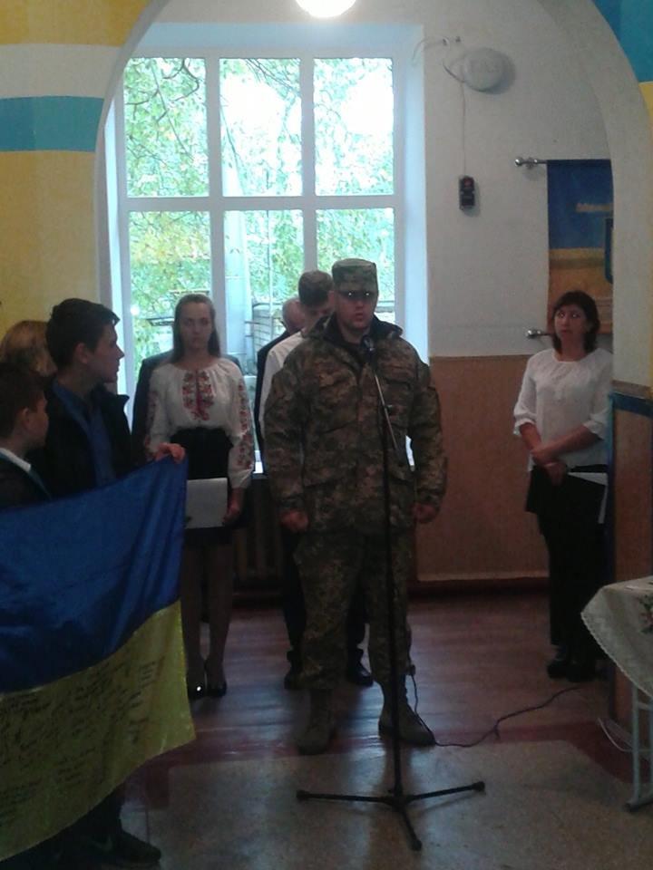 Под Кремечнчугом, в Песчаном открыли три памятных доски, посвященных погибшим в АТО военным, фото-8