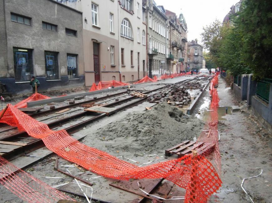 Як сьогодні тривають ремонтні роботи на вулиці Київській (ФОТО), фото-1
