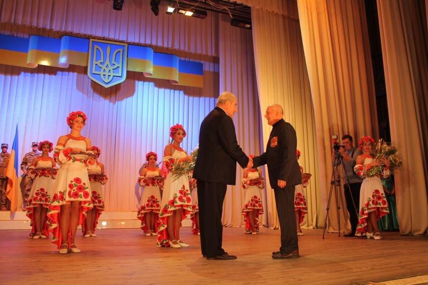 Защитников Украины поздравили в Бахмуте (ФОТО), фото-4