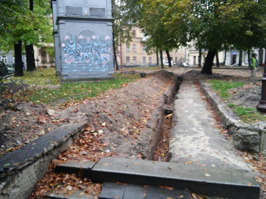 На площі Маланюка завершити ремонт планують до середини листопада (ФОТО), фото-4